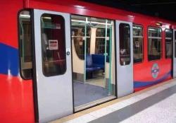 电源在地铁塞拉门控制器的应用